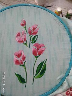 Fabric Painting On Clothes, Painted Clothes, Punjabi Suits Designer Boutique, Wholesale Gold Jewelry, Hand Painted Sarees, Fabric Paint Designs, How To Make Paint, Amazing Art, Print Ideas