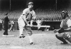 Mel Ott made a Hall of Fame career out of his unconventional swing.