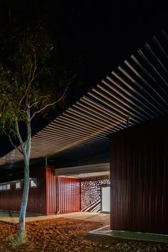 kaunitz yeung architecture builds two aboriginal health clinics in the australian desert