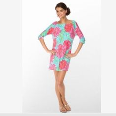 """Lilly Pulitzer Cassie Dress Shorely Blue Bellina Excellent condition! 3/4 sleeves. Approx. 31"""" shoulder to hem Lilly Pulitzer Dresses"""
