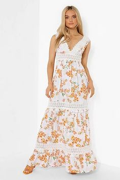 Search White Maxi Dresses, Lace Dress, Dress Up, Bodycon Dress, Dresses With Sleeves, Costume, Bodycon Fashion, Dress Silhouette, Stunning Dresses