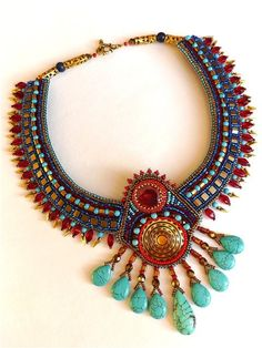 """by Irina Chikineva. She lives and creates jewelry in Moscow. This magazine is completely dedicated to her hobby-beaded jewelry with natural stones.        If someone is interested in buying her work, this can be done through the """"Fair of Masters"""": www.livemaster.ru/chikineva"""