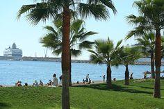 Minivacaciones invernales en Málaga. Un bañito en la playa de  la Malagueña, ¿apetece verdad? Ven con Avexperience!
