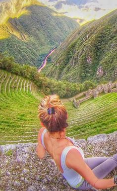 Thinking of doing the 4 day Inca Trail hike but a little worried about tent camping for that long? Here's what it's really like doing the 4 day Inca Trail hike to Machu Picchu for girls! Tip: Bring baby wipes and dry shampoo! ;)