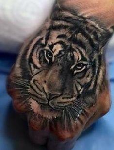 Tiger Hand Tattoo, Hand Tats, Hand Tattoos For Guys, Lion Hand Tattoo Men, Tattoo Life, Tigergesicht Tattoo, Tattoo Motive, Dope Tattoos, Baby Tattoos