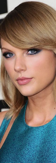 """Tay Tay,  if you were my  Facebook Friend,,, """"I'd poke You""""."""