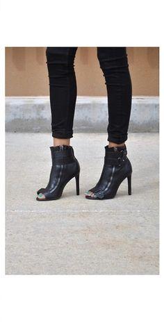 Dolce Vita Harbor Leather Zip Up Booties - Black