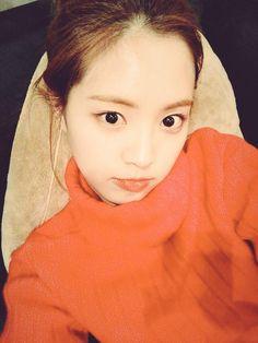 for current naeun updates head to fysne! Son Na Eun, Apink Naeun, Best Photo Poses, Pink Panda, Kpop Girls, Cool Photos, Sons, Photography, Beauty