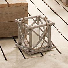 Driftwood Lantern --- (Treibholz-Laterne)