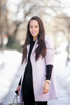 DCFW LOOK 1 : blush | coat | gold watch | black
