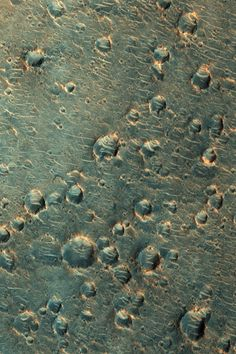 patterns on the surface of Mars