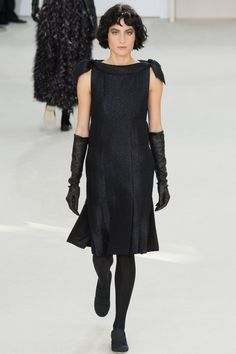 Chanel Fall 2016 Ready-to-Wear Fashion Show - Heather Kemesky