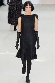 Chanel Fall 2016 Ready-to-Wear Fashion Show - Heather Kemesky