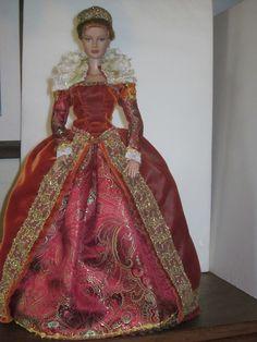 Elizabethan Gown by Alana.