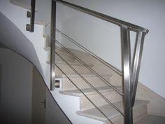 Escalier / Garde-corps : Une réalisation Art Design Inox tel : 02 40 11 80 20. 44 Loire-Atlantique Pays de la Loire