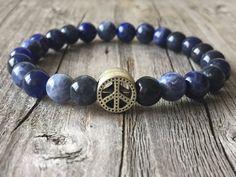 Half edelsteen armband Heren armband Blauwe door KennlyDesign