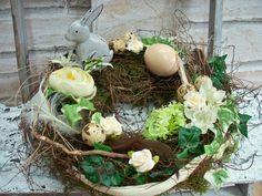 Osterkranz,RESERVIERT für CARMEN,creme-natur-braun von ...die mit den Blumen tanzt... auf DaWanda.com