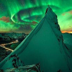 Aurora Borealis in Lofoten, Norway Lofoten, Aurora Borealis, Green Companies, Mountain Landscape, Nature Pictures, Belle Photo, Land Scape, The Great Outdoors, Cool Photos
