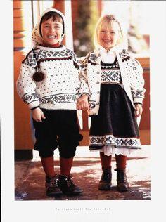 Bilderesultat for strikket barnebunader Knitting For Kids, Baby Knitting, Crochet Baby, Knit Crochet, Folk Clothing, Clothing Patterns, Sweater Knitting Patterns, Knitting Designs, Norwegian Clothing