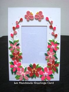 Lin Handmade Greetings Card: Paper photo frames with quilled flowers