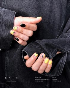 Want some ideas for wedding nail polish designs? This article is a collection of our favorite nail polish designs for your special day. Elegant Nails, Classy Nails, Simple Nails, Minimalist Nails, Funky Nails, Trendy Nails, Mens Nails, Wedding Nail Polish, Manicure E Pedicure