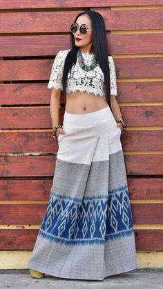 Traditional Thai Clothing, Myanmar Traditional Dress, Traditional Dresses, African Fashion Dresses, Fashion Outfits, Thai Fashion, Batik Fashion, Thai Dress, Batik Dress