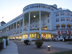 Grand Hotel, Mackinac Island, Michigan - Cocktail hour on that beautiful front porch! Michigan Usa, Michigan Travel, Northern Michigan, Lake Michigan, Oh The Places You'll Go, Great Places, Beautiful Places, Mackinac Island Michigan, Mackinaw City