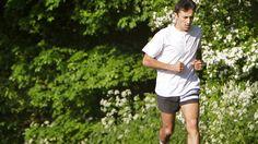Fysiek fit zijn op middelbare leeftijd lijkt het risico op een beroerte op hogere leeftijd te verlagen. Dat blijkt uit een onderzoek van de Universiteit van Texas.