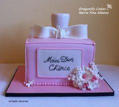 - Miss Dior Chérie cake