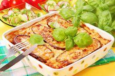 Musaka z bakłażanem Lunches And Dinners, Greek Recipes, Italian Recipes, Comidas Light, Musaka, Veggie Lasagna, Bulgarian Recipes, Vegetarian Recipes, Healthy Recipes