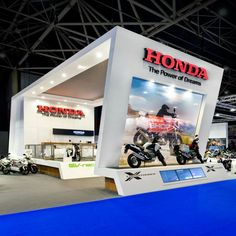 Standbouw   KOP   Honda   Motorbeurs   Eilandstand   Exhibition Stand Design