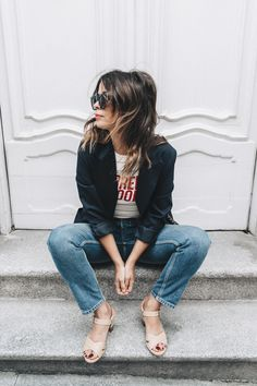 Current_Mood_Striped_Top-Denim_Jeans-Topshop-Dune_Sandals-Outfit-Street_Style-Collage_Vintage-14