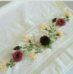 The Art of Silk Ribbon Embroidery - Embroidery Design Guide Silk Ribbon Embroidery, Cross Stitch Embroidery, Embroidery Patterns, Hand Embroidery, Ribbon Art, Diy Ribbon, Lace Beadwork, Japanese Patchwork, Crochet Flower Tutorial
