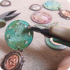 Sizzix & Vintaj Bezel Jewelry Blog Hop
