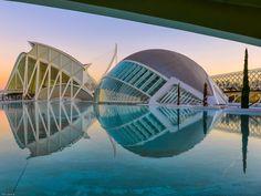 Museo de las Ciencias Principe Felipe and L'Hemisfèric by Tom Jarane on 500px