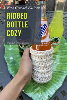 This super simple bottle cozy is full of texture! Perfect for summer cookouts or maybe a great gift for Father's Day! #crochetcozy #bottlecozy #fathersdaygifts #handmadegifts #summertime #freecrochetpattern Quick Crochet Patterns, All Free Crochet, Crochet Ideas, Crochet Projects, Crochet Mug Cozy, Crochet Home Decor, Crochet Kitchen, Crochet Accessories, Crafting