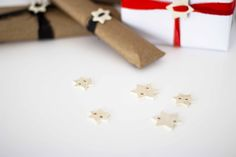 DIY Christmas wrapping with a wooden touch