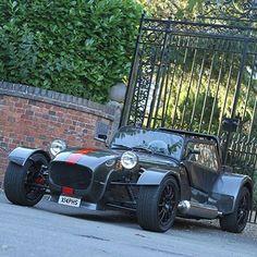 Caterham Super 7, Caterham Seven, Westfield Car, Lotus 7, British Sports Cars, Love Boat, Diy Car, Great British, Car Wrap