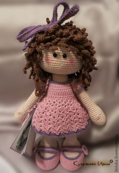 Crochet dolls - If you know how to crochet then you would surely like to try out something new. Even if you don't know, you can easily take online tutorials and learn how to crochet and make crochet dolls and much more. You can easily buy your kid a bid teddy bear or a doll to play with but if you make a...- #Benefits, #CrochetDolls, #Kids