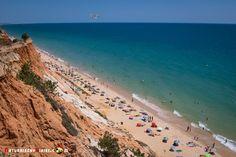 Falésia, una de las playas más bonitas del #Algarve - via Naturaleza y Viajes…