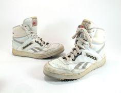 Mens White Reebok High Top Sneakers 1980s Size 9 76cc8825b