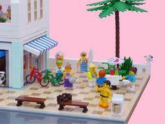 Paradisa Cafe Lego Beach, Lego Boards, Lego Activities, Beach Cafe, Lego Modular, Breezeway, Lego House, Lego Projects, Cool Lego