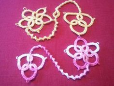 Tatted lace bookmarks from my niece Sallie's Etsy store. Brings back memories of my grandma! The talent skipped my generation, but it's great to see a 20-something carry on the tradition.