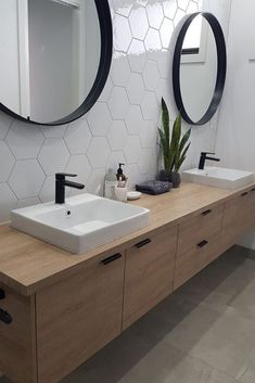 Bathroom Mirror Design, Modern Master Bathroom, Bathroom Interior Design, Bathroom Fixtures, Interior Modern, Bathroom Ideas, Bathroom Organization, Master Bathrooms, Bathroom Designs