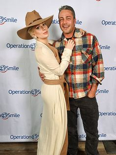 Star Tracks: Monday, March 14, 2016   DOING GOOD   Lady Gaga and fiancé Taylor Kinney arrive at Tupelo restaurant for an Operation Smile benefit on Saturday in Park City, Utah.