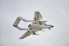 Sea Vixen. 2015 De Havilland Vampire, Fixed Wing Aircraft, Vixen, Military Aircraft, Planes, Fighter Jets, Aviation, Forget, British