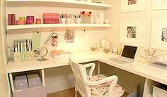 Home office idea corner desk with shelves on top?