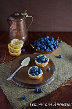 Fresh Blueberry Mini Tarts #puffpastry #pastrycream #easy #partyidea