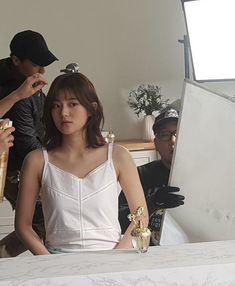Korean Girl, Asian Girl, Open My Eyes, Kim Min, Queen, Her Music, Ulzzang Girl, Kpop Girls, Short Hair Styles