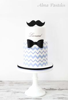 Moustache baby shower cake - Cake by Alma Pasteles